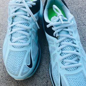 Nike women's Lunarhaze running shoe